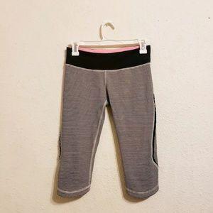 Lululemon Fast Free Crop LeggingsCapri Pant Stripe